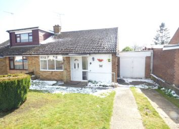 Thumbnail 2 bed bungalow to rent in Calverton Road, Luton