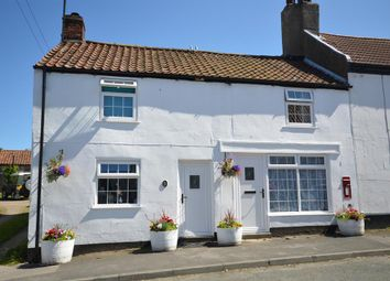 Thumbnail 3 bed cottage for sale in Hunmanby Street, Muston, Oet