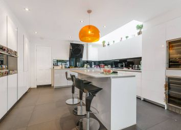 Thumbnail 4 bed property to rent in Kingwood Road, Fulham