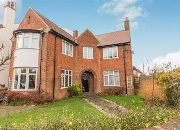 Thumbnail 4 bed property to rent in Dogsthorpe Road, Peterborough