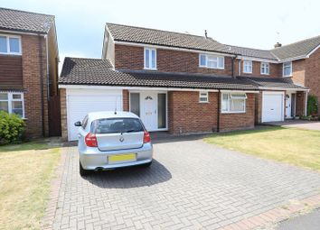 Thumbnail 4 bed detached house for sale in Vauxhall Drive, Woodley, Reading