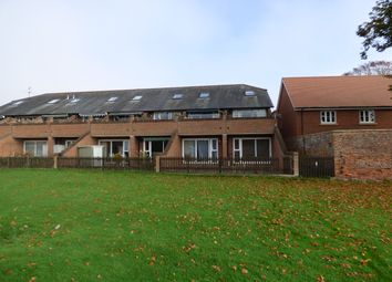 Thumbnail 1 bed flat to rent in Portway, Wantage