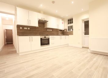 Thumbnail 3 bed flat to rent in Lea Bridge Road, Leyton
