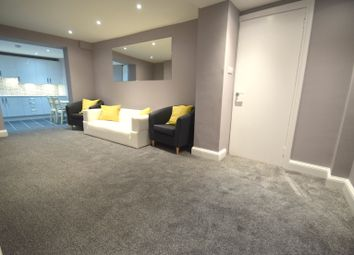 Thumbnail 3 bed town house to rent in Swinton Street, King's Cross, London