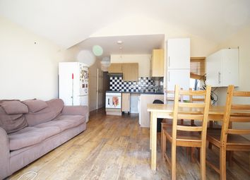 Thumbnail 5 bed flat to rent in Himley Road, London