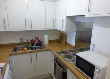 2 bed flat for sale in Littlehampton Road, Worthing, West Sussex BN13