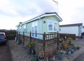 Thumbnail 1 bed mobile/park home for sale in The Vyne, Weston Avenue, Leighton Buzzard