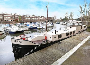 Thumbnail 2 bedroom houseboat for sale in Justin Close, Brentford