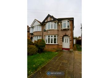 3 bed semi-detached house to rent in Lincoln Close, Greenford UB6