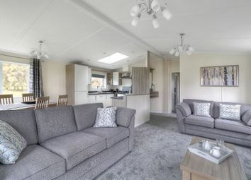 2 bed lodge for sale in Downton Lane, Downton, Lymington SO41