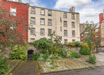 Thumbnail 2 bed flat for sale in 1/2 Chessels Court, Old Town