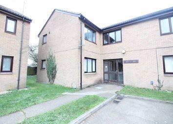 Thumbnail Studio to rent in Chertsey Close, Luton