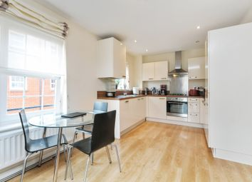 Thumbnail 2 bedroom flat to rent in Station Road, Harpenden