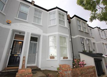 Thumbnail Flat to rent in Montague Road, Crouch End