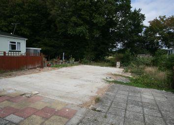 Thumbnail 3 bed mobile/park home for sale in Woodlands Park, Biddenden