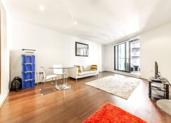 1 bed flat for sale in 1 Baltimore Wharf, London E14
