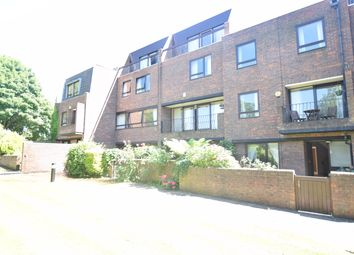 Thumbnail 4 bed town house to rent in Kreisel Walk, Kew, Richmond