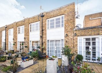 Thumbnail 1 bed maisonette for sale in Dalys Road, Rochford, Essex