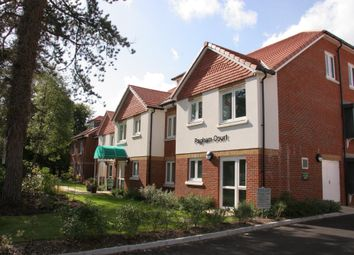 Thumbnail 2 bed flat to rent in Hawthorn Road, Bognor Regis