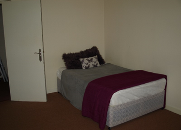 Thumbnail 4 bed flat to rent in Seagate, City Centre, Dundee, 2Eq