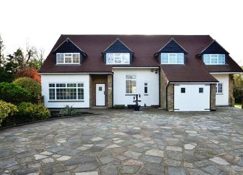 Thumbnail 4 bed detached house to rent in Heathside Close, Northwood