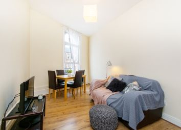 2 bed flat to rent in Mitcham Road, Tooting Broadway SW17