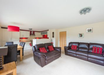 2 bed flat to rent in New Mart Gardens, Slateford, Edinburgh EH14