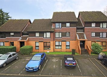 Thumbnail 2 bedroom flat to rent in Flemish Fields, Chertsey, Surrey