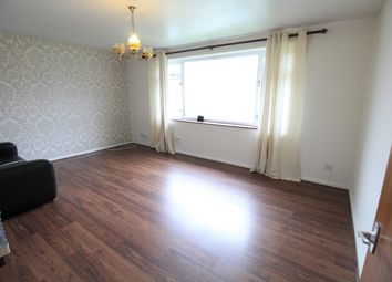 Thumbnail 2 bedroom flat to rent in Middlefield, Farnham