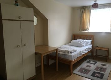 Thumbnail 1 bed flat to rent in Airedale Road, Ealing