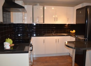 Thumbnail 3 bed flat to rent in Berkhampstead Road, Chesham