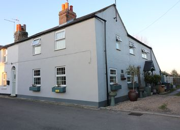 Thumbnail 4 bed cottage to rent in The Street, Finglesham, Deal