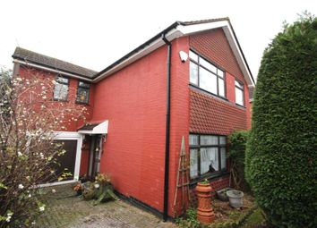 Thumbnail 4 bed detached house for sale in Woodbury Rise, Great Glen, Leicester
