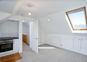 Thumbnail 1 bed flat to rent in Poplar Avenue, Hove, East Sussex