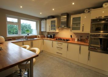 Thumbnail 2 bed flat to rent in Carshalton Grove, Sutton