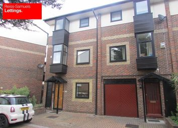 Thumbnail 5 bedroom town house to rent in Barnfield Place, Canary Wharf E14, Canary Wharf, London,