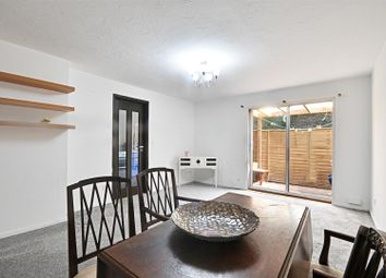Thumbnail 2 bedroom flat for sale in Braybourne Drive, Isleworth