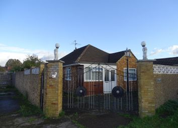 Thumbnail 4 bed bungalow for sale in Bankside, Southall