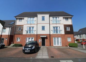 Thumbnail 2 bedroom flat for sale in Digby Close, Luton