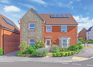 Thumbnail 5 bed detached house for sale in Beckless Avenue, Clanfield, Waterlooville