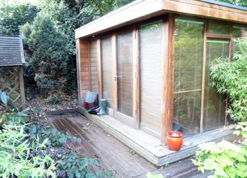 Thumbnail 1 bed flat to rent in Crowndale Rd, London