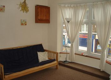 Thumbnail 1 bed flat to rent in Green Lane Road, Leicester