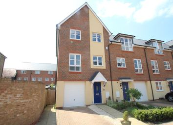 Thumbnail 3 bed town house for sale in Scaldwell Place, Aylesbury