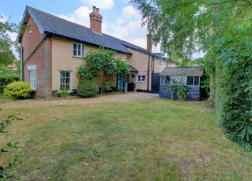 Thumbnail 4 bed cottage for sale in Diss Road, Burston, Diss