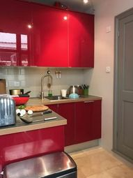Thumbnail 1 bed flat to rent in Peacock Street, Pullens Buildings, London, London