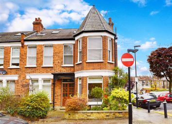 Woodside Road, Wood Green N22. 2 bed flat