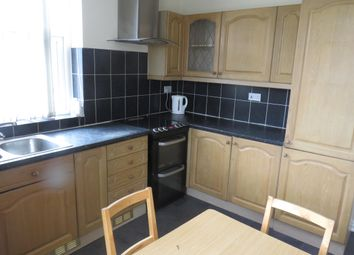 Thumbnail 2 bed flat to rent in New Cross Street, West Bowling, Bradford