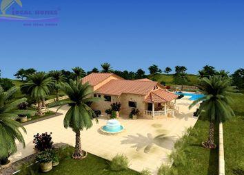 Thumbnail 6 bed villa for sale in Pareklissia, Parekklisia, Limassol, Cyprus