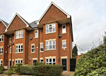 Thumbnail 4 bed town house to rent in Smiles Place, Woking