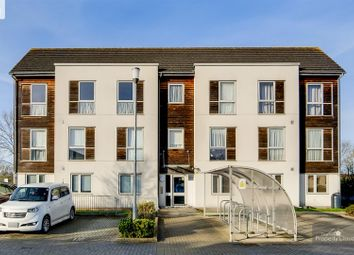 Thumbnail 1 bed flat for sale in Dulcie Close, Greenhithe